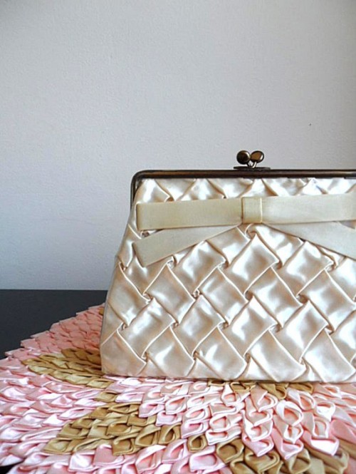 61 Exquisite Vintage Bridal Purses