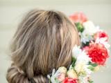 fabulous-diy-bridal-flower-crown-to-rock-this-summer-2
