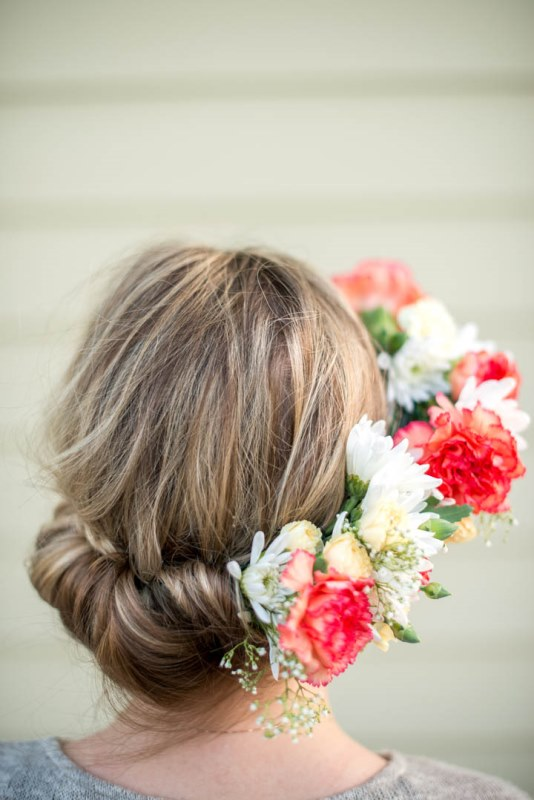 Picture Of fabulous diy bridal flower crown to rock this summer  2