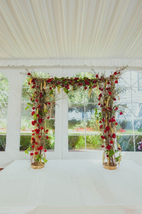 Fabulous Red And Gold Wedding Decorated With Perfect Taste