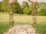 fabulous-spring-wedding-aisle-decor-ideas-2