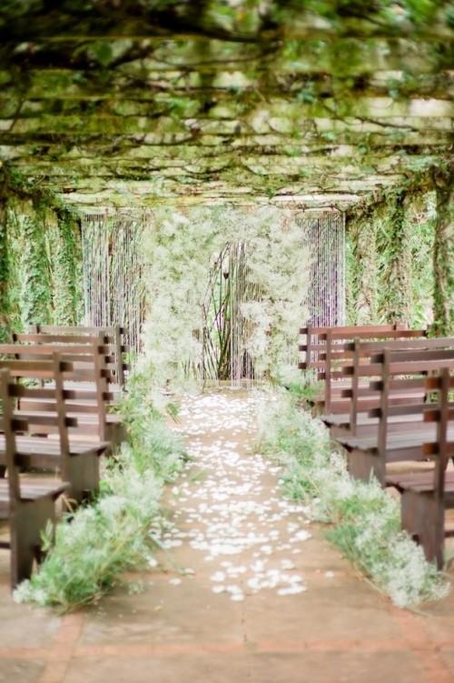 Fabulous Spring Wedding Aisle Décor Ideas