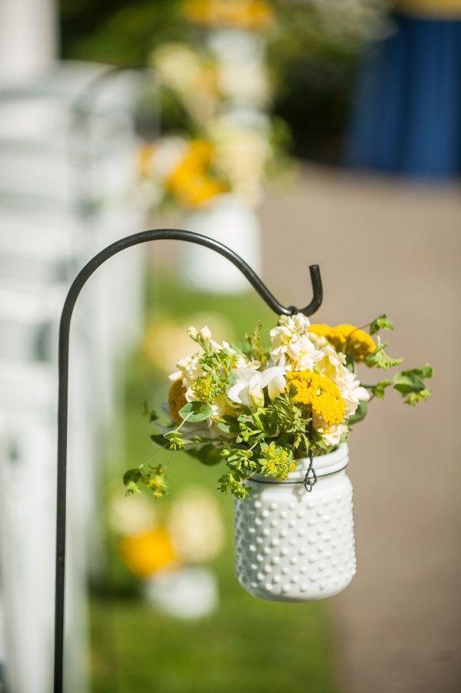 Picture Of fabulous spring wedding aisle decor ideas  24