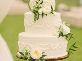 fabulous-spring-wedding-cakes-that-youll-love-10