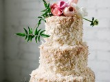 fabulous-spring-wedding-cakes-that-youll-love-21