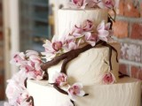 fabulous-spring-wedding-cakes-that-youll-love-22