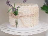 fabulous-spring-wedding-cakes-that-youll-love-23
