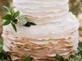 fabulous-spring-wedding-cakes-that-youll-love-33
