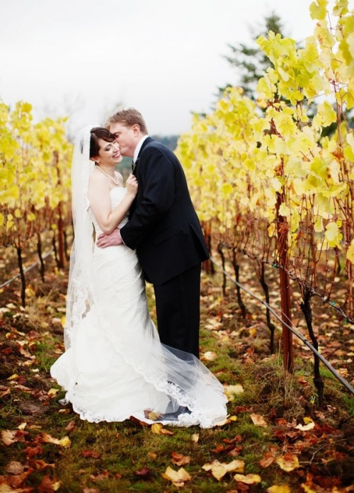 34 Fall Vineyard Wedding Ideas To Get Inspired