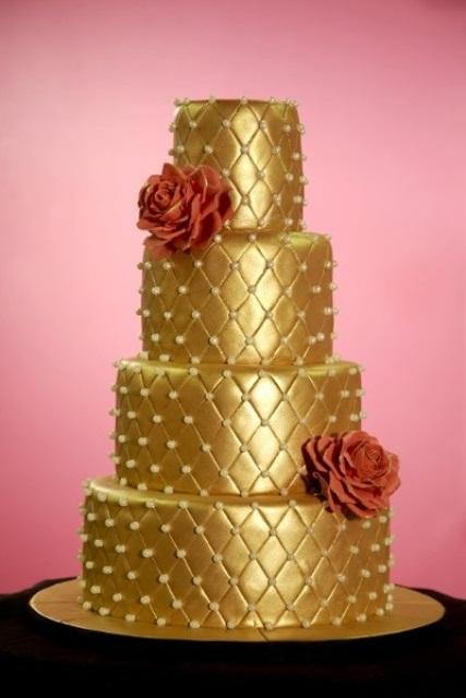 Fascinating Gold Wedding Cakes