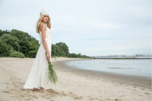 Feminine And Natural Bride Inspired Shoot