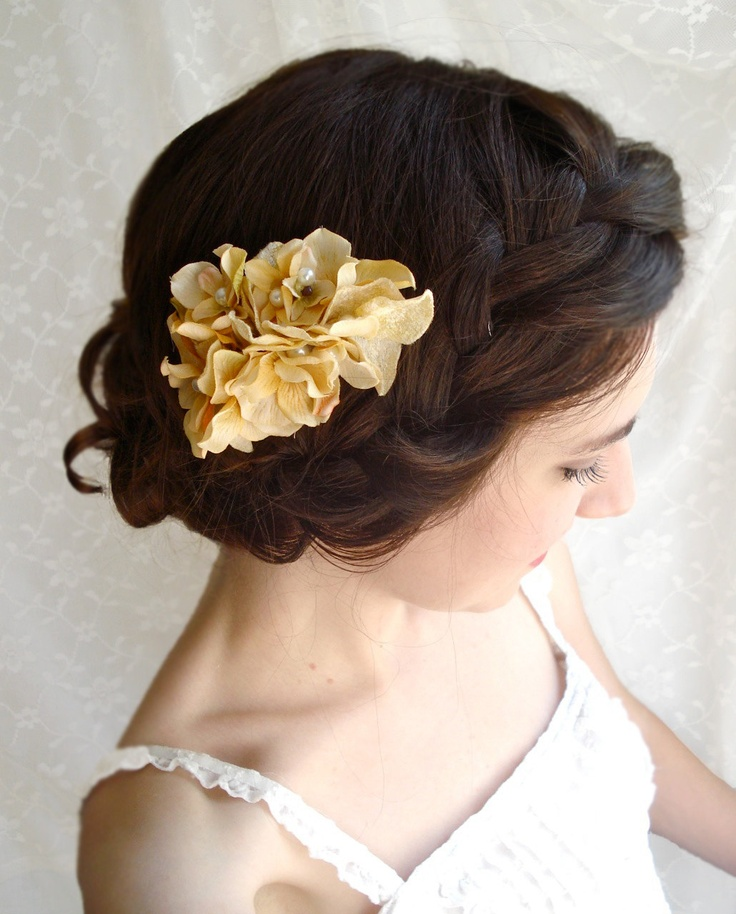 Wedding Hairstyles Drawing: Picture Of Feminine Fall Wedding Hairstyles
