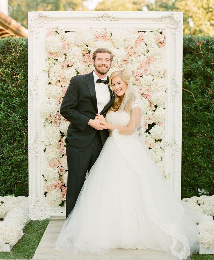 The Hottest 2015 Wedding Trend 22 Flower Wall Backdrops Weddingomania