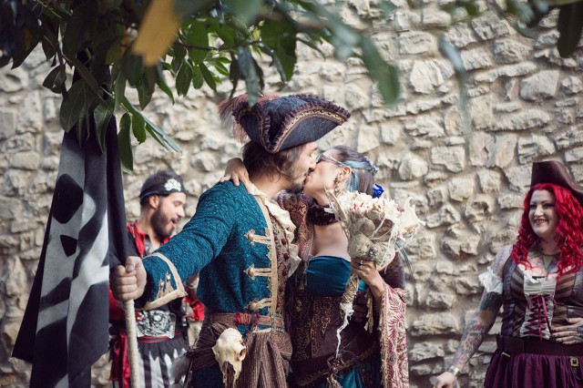 Picture Of fun and creative pirate wedding in italy  1
