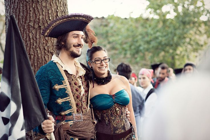 Picture Of fun and creative pirate wedding in italy  11