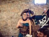 fun-and-creative-pirate-wedding-in-italy-13
