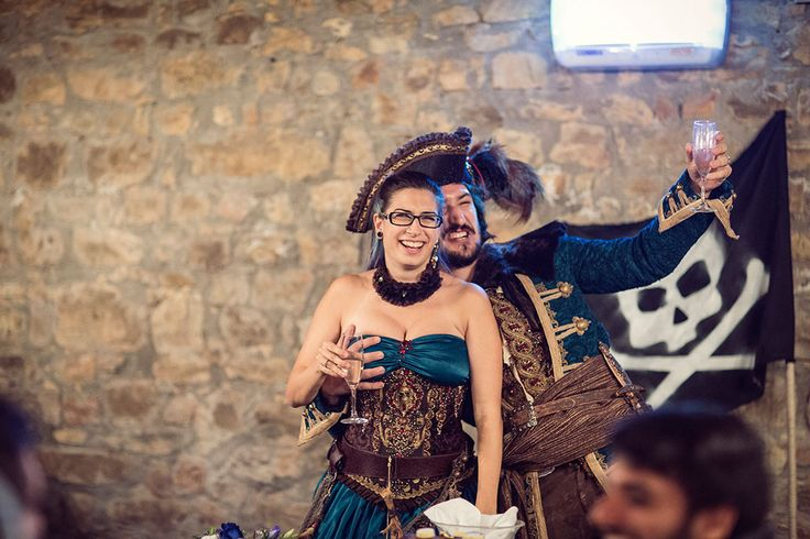 Picture Of fun and creative pirate wedding in italy  13