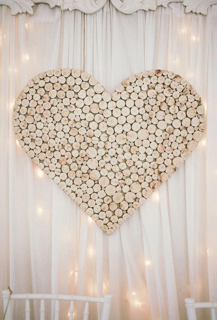 30 Fun And Creative Wedding Reception Backdrops You Ll Love