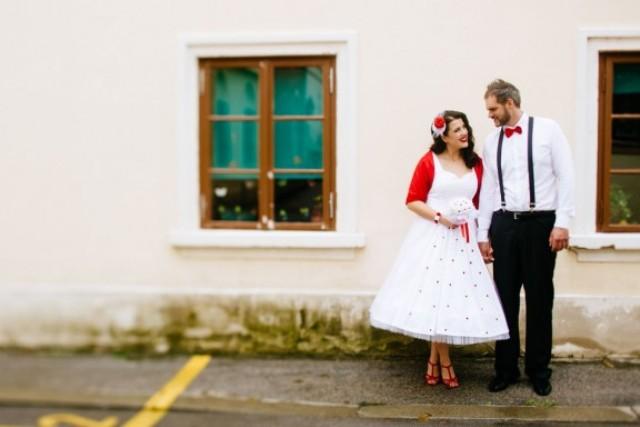 Picture Of fun pin up polka dot wedding in croatia  2