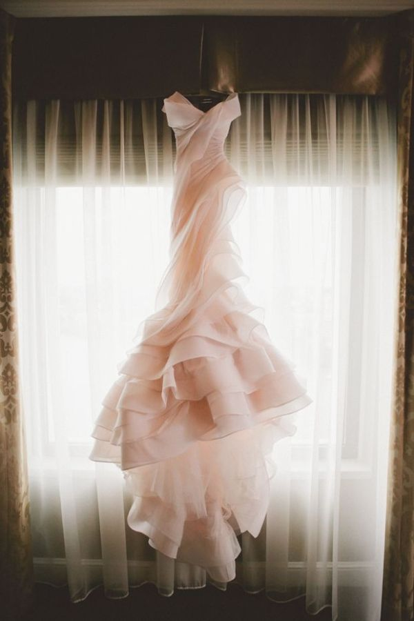 Girlish Ruffled Wedding Dresses