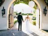 glamorous-and-vivid-pink-palm-springs-wedding-11
