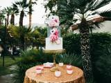 glamorous-and-vivid-pink-palm-springs-wedding-15