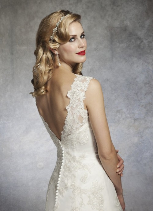 Gorgeou Wedding Dresses Inspire By 1930s And 1950s Chic