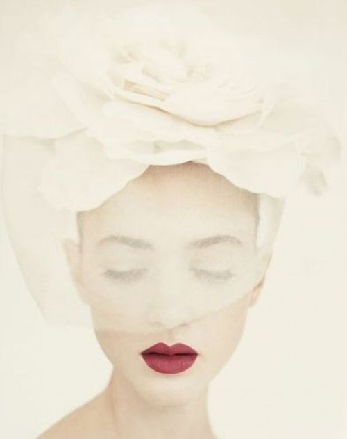 a bold deep red lip is a cool idea for a fall or winter bride, you'll look statement-like with it