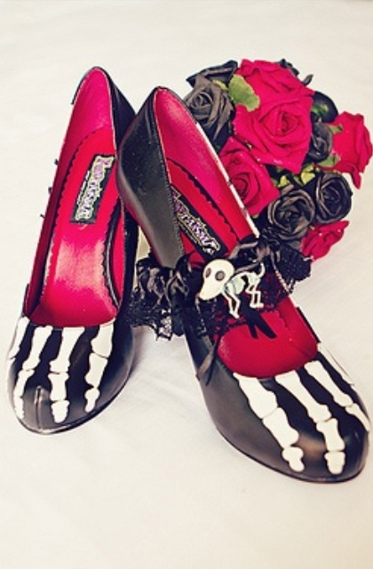 statement black skeleton shoes with red inner will be a nice idea for a Halloween bride, epspecially at a skeleton wedding