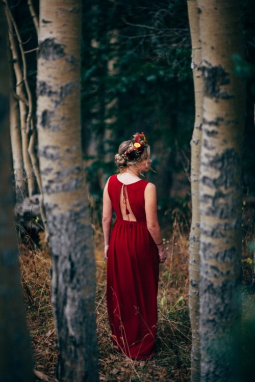 Gorgeous Rich Red Fall Bridal Session