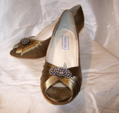 dark gold satin shoes with embellishments look stylish and timeless, this is perfection for a vintage bride