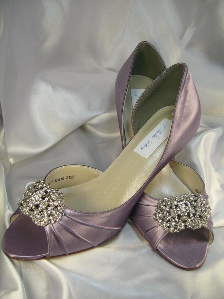 gorgeous vintage wedding shoes