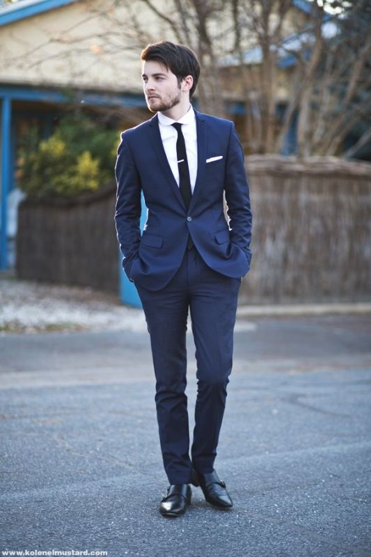 The Hottest 2014 Wedding Trend: 30 Navy Suits For Grooms