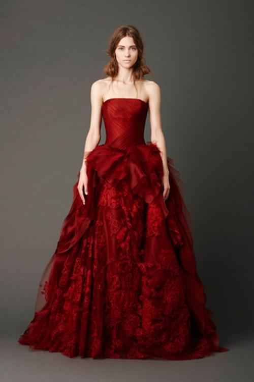 Red Wedding Dresses : Hot red wedding dresses for daring brides weddingomania