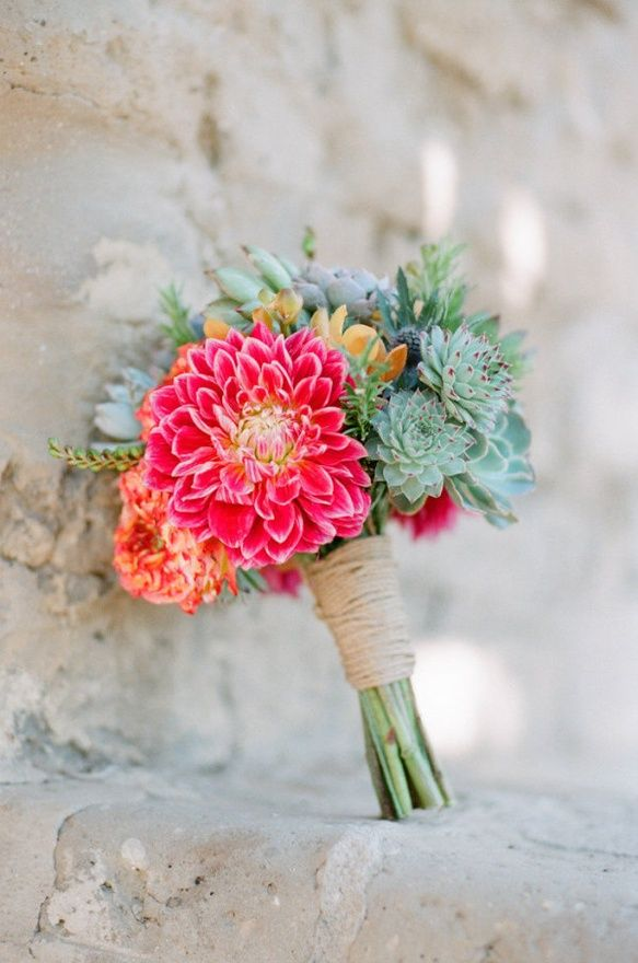 Picture Of hottest flower trends for 2015 and examples  11