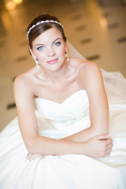 How To Choose Wedding Hair Accessories