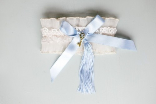 How To Make Your Own Garter