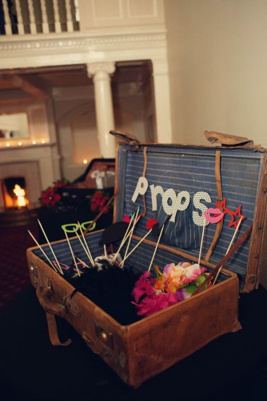 Picture Of how to use vintage suitcases in your wedding decor 30 clever ideas  16