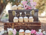 how-to-use-vintage-suitcases-in-your-wedding-decor-30-clever-ideas-18