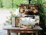 how-to-use-vintage-suitcases-in-your-wedding-decor-30-clever-ideas-19