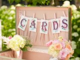 how-to-use-vintage-suitcases-in-your-wedding-decor-30-clever-ideas-2