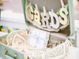 how-to-use-vintage-suitcases-in-your-wedding-decor-30-clever-ideas-20