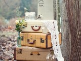 how-to-use-vintage-suitcases-in-your-wedding-decor-30-clever-ideas-25