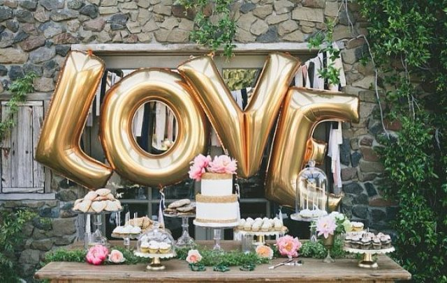 Picture Of huge letter balloons ideas  1