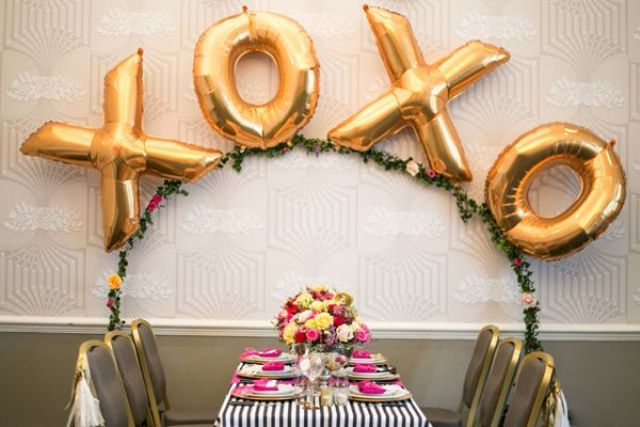 Picture Of huge letter balloons ideas  7