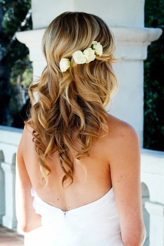 Picture Of Incredibly Beautiful Boho Chic Bridal Hair Ideas 19