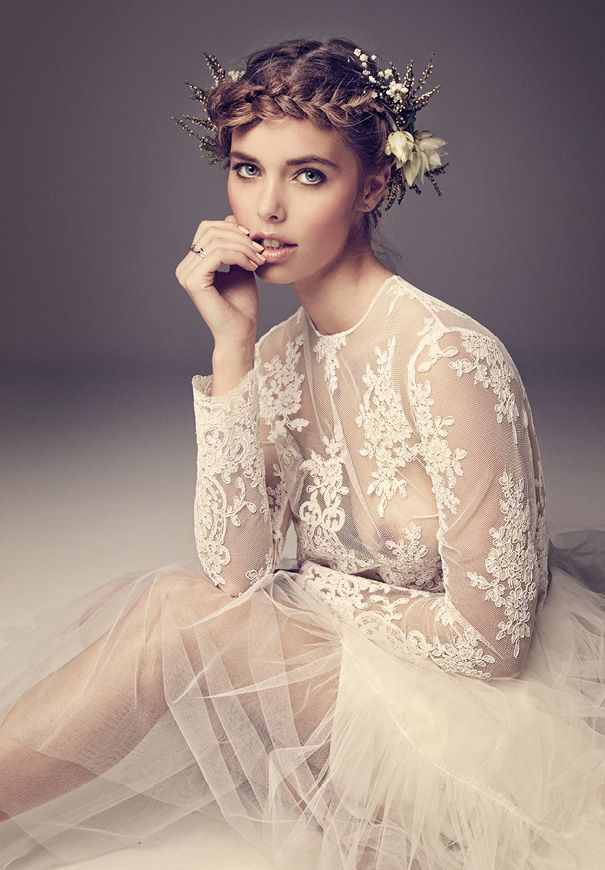 Picture Of incredibly beautiful boho chic bridal hair ideas  23