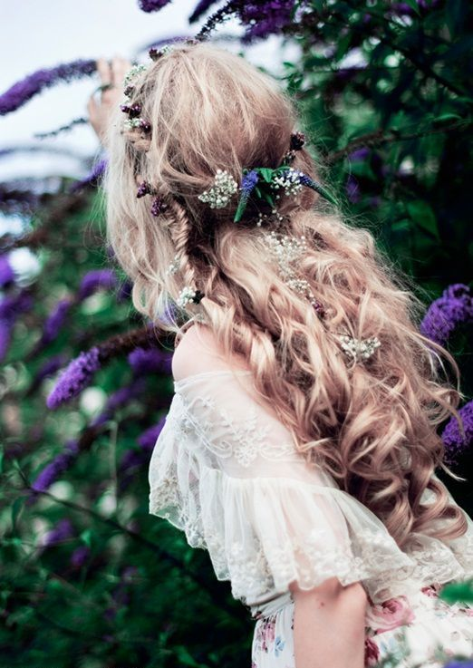 Picture Of incredibly beautiful boho chic bridal hair ideas  24