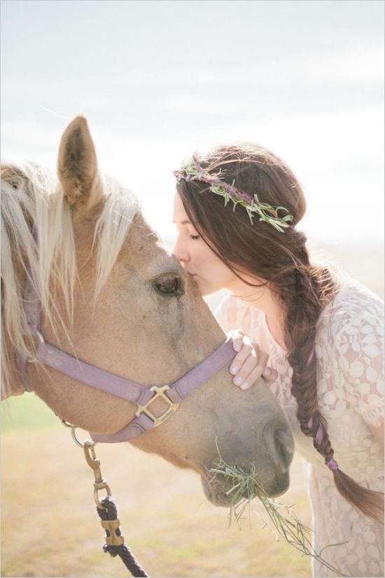 Picture Of incredibly beautiful boho chic bridal hair ideas  32