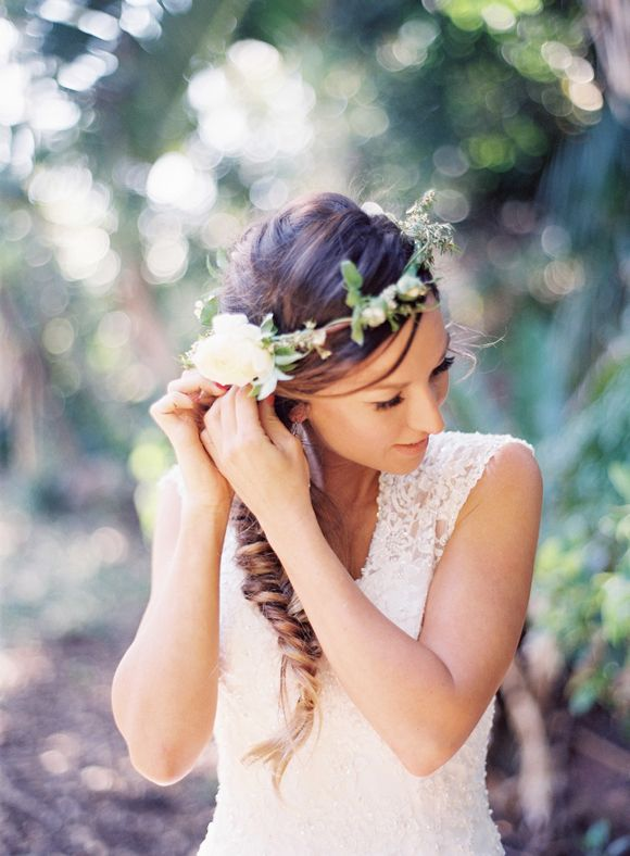 Picture Of incredibly beautiful boho chic bridal hair ideas 34